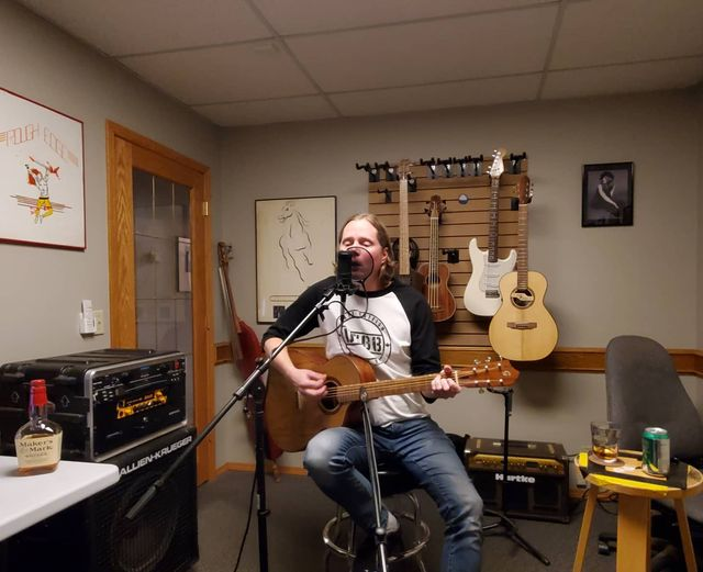 Pete Stone on the LIVE @ GILMORE GUITARS PODCAST""